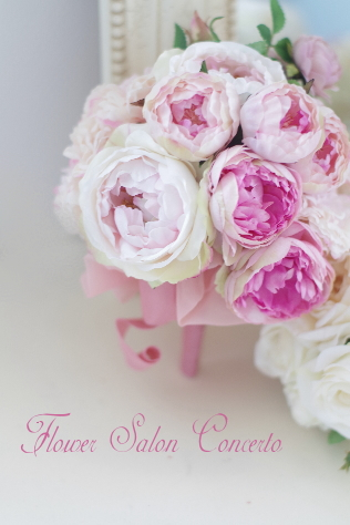 ピンクローズの造花ブーケ